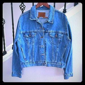 NWOT Vintage Levi's denim jacket